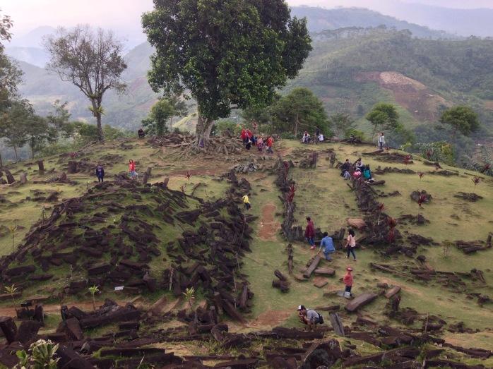 Gunung Padang dari atas